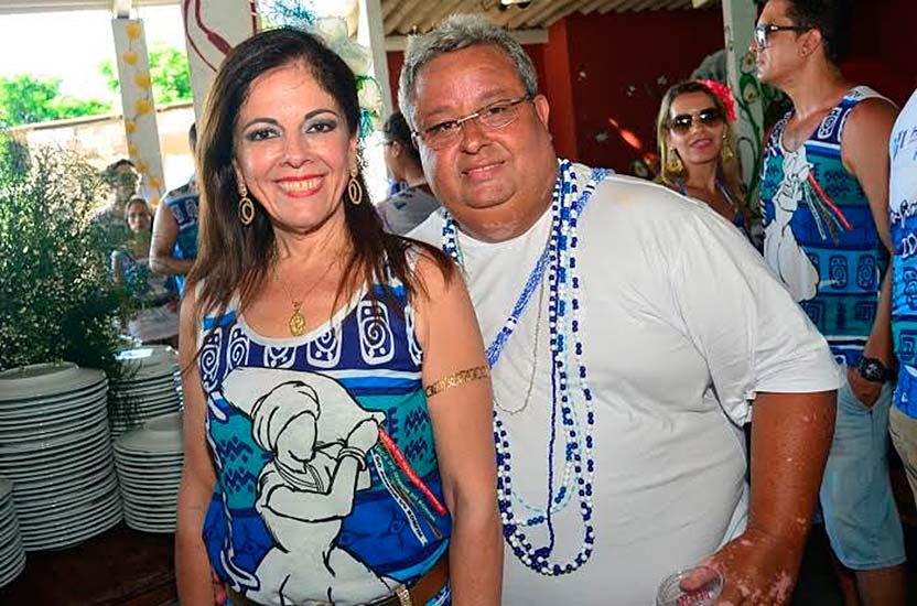 Francisco Xavier e Rosa Cerviño recebem convidados nesta quinta-feira